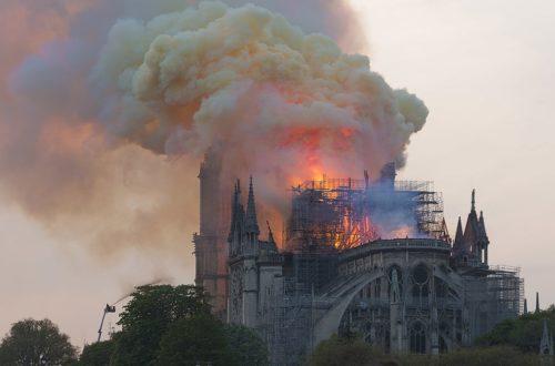 Article : Les pépites de Mondoblog : cathédrale et Pâques