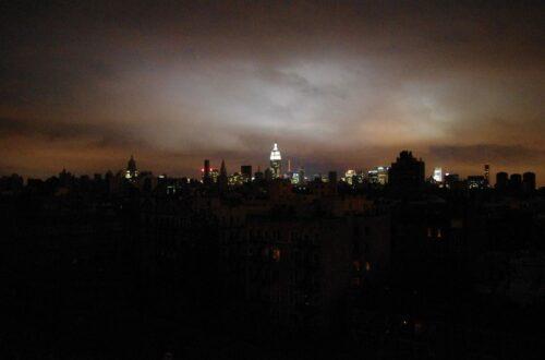 Article : 4 heures de coupure d'électricité à New York, une éternité