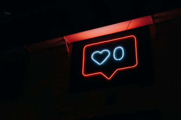 reseaux-sociaux-like-internet-facebook-instagram