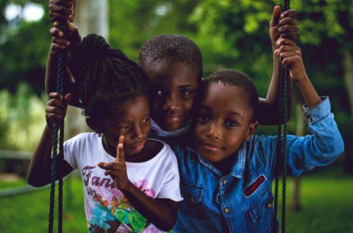 Article : L'enfant camerounais dans un tourbillon de misères